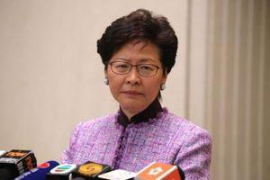 Lãnh đạo Hong Kong rơi nước mắt, tuyên bố không rút lại dự luật dẫn độ