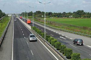 Dự án cao tốc Bắc - Nam: Đừng để đất nước trở thành 'con tin' của nhà thầu