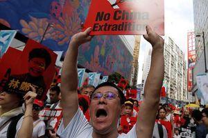 Mỹ, Trung Quốc nói gì về biểu tình rầm rộ ở Hồng Kông?