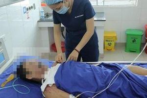 Cứu sống bệnh nhân cưa mìn phát nổ mất hai tay, đa chấn thương nặng