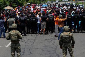 Mexico điều Vệ binh quốc gia tới biên giới để kiểm soát người di cư