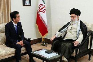 Thủ tướng Nhật Bản gặp lãnh tụ tinh thần tối cao Iran