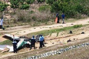 Ảnh hiện trường vụ máy bay quân sự Iak-52 rơi ở Khánh Hòa, 2 phi công hy sinh