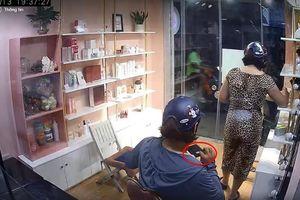 Truy tìm người phụ nữ vào cửa hàng vờ mua đồ rồi 'cầm nhầm' luôn điện thoại Iphone 6 Plus