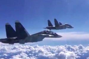 Chiến đấu cơ Nga dội bom phá nát nhiều vị trí phiến quân ở Idlib