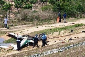 Hiện trường vụ rơi máy bay quân sự ở Khánh Hòa