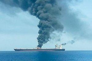 Tàu chở dầu bị tấn công: Mỹ 'chỉ điểm' thủ phạm?