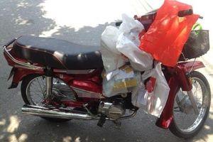 Shipper Việt: Nghề có trăm nỗi khổ không biết tỏ cùng ai