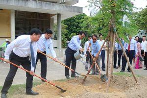 Thứ trưởng Nguyễn Văn Phúc: Nâng cao nhận thức bảo vệ môi trường từ cấp học nhỏ nhất