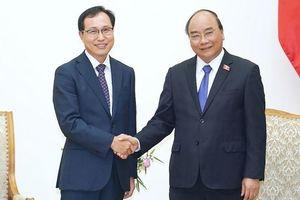 Thủ tướng Nguyễn Xuân Phúc tiếp Tổng Giám đốc Tổ hợp Samsung tại Việt Nam