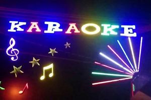Truy tìm nghi can đâm chết chủ quán karaoke vì quán... không có tiếp viên