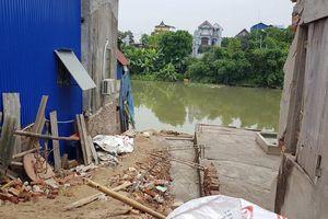 Hàng trăm công trình không phép: Bức tử kênh Bắc Hưng Hải