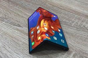 Huawei hoãn phát hành điện thoại gập Mate X đến tháng 9