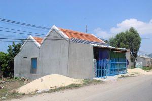 Chính quyền làm ngơ khi dân lấn chiếm đất công làm nhà trái phép?