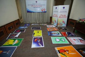 500 tranh dự thi vẽ tranh cổ động về phòng chống tác hại của thuốc lá