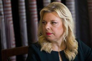 Dùng tiền công để đặt đồ ăn, vợ Thủ tướng Israel đối mặt án tù 8 năm