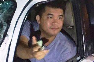Khởi tố vụ án Thiếu úy CSGT lái ôtô biển xanh tông chết người