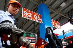 Quỹ bình ổn xăng dầu âm 620 tỷ đồng, nguy cơ giá xăng sẽ tăng mạnh