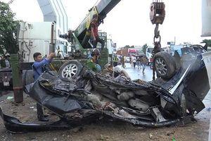 Nguyên nhân ban đầu vụ container đâm xe con khiến 5 người chết