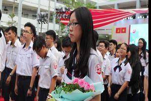 Lễ tri ân xúc động của học sinh khối 12 trường THPT Gia Định
