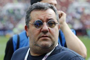 FIFA gỡ bỏ lệnh cấm đối với 'siêu cò' Raiola