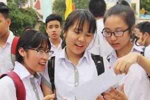 Điểm thi tuyển sinh vào lớp 10: Ngoại ngữ rớt thảm, Lịch sử thăng hoa