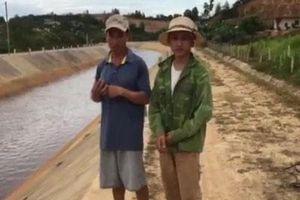 Hà Tĩnh: Chủ tịch xã kịp thời cứu sống 2 cha con chới với dưới dòng kênh