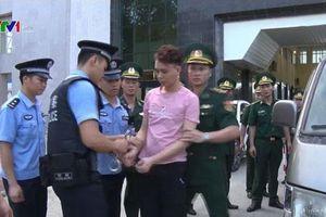 Cao Bằng: Bắt giữ nhóm đối tượng người Trung Quốc làm thẻ tín dụng giả