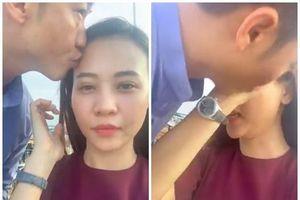 Chuyện showbiz: Cường Đô La 'cưỡng hôn' Đàm Thu Trang khi đang livestream