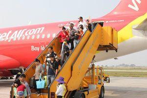 Hành khách nên làm gì khi chậm chuyến bay nhiều giờ?