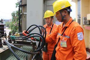EVN cho biết đã phải huy động điện chạy dầu để cung ứng cho miền Nam