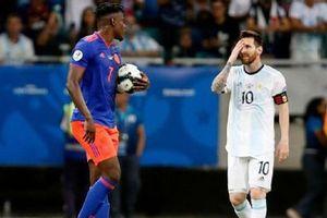 Messi mờ nhạt trong ngày Argentina thảm bại
