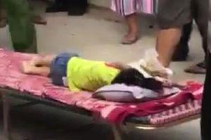 Bé gái 3 tuổi tử vong thương tâm ngay trước cửa nhà