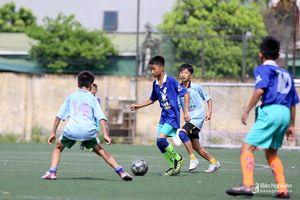 Thắng TN Quế Phong, Quỳnh Lưu lần thứ 3 liên tiếp vào chung kết Cúp Báo Nghệ An