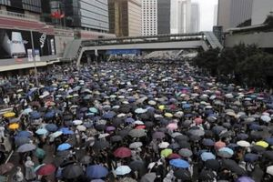 Phòng xa luật dẫn độ, người giàu Hồng Kông chuyển tài sản ra nước ngoài