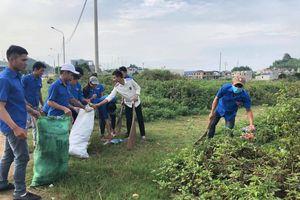 Mai Sơn - Sơn La: Phát động hưởng ứng phong trào 'Chống rác thải nhựa' năm 2019.