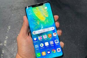 Smartphone cao cấp Huawei tiếp tục mất giá không phanh
