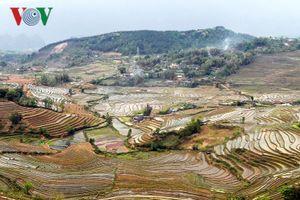 Mùa nước đổ Lai Châu làm xiêu lòng du khách