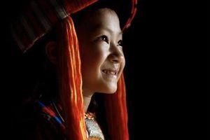 Nhiếp ảnh gia người Pháp chụp chân dung những người phụ nữ Việt đăng trên BBC, khiến cả thế giới bất ngờ