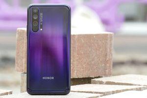 Dính lệnh cấm của Mỹ, doanh số điện thoại Huawei dự báo giảm sâu 60 triệu máy