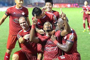 Kết thúc lượt đi V-League: Nóng hai đầu bảng xếp hạng