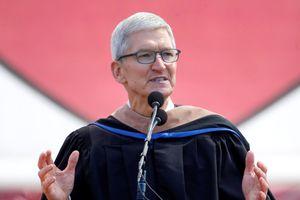 CEO Apple 'đá đểu' Facebook không làm gì nhưng lại muốn được tin