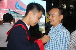 Xúc động lễ trưởng thành tại trường THCS Lương Thế Vinh