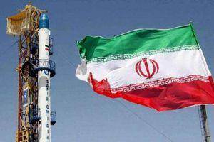 Iran cảnh báo tăng làm giàu uranium lên 20%