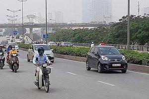 Bộ GTVT: Grab, Taxi công nghệ phải gắn hộp đèn