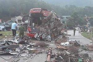 Danh tính các nạn nhân tử vong trong vụ xe tải lao vào xe khách ở Hòa Bình