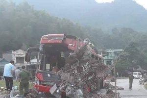 Phó Thủ tướng chỉ đạo khẩn trương khắc phục hậu quả vụ tai nạn làm 41 người thương vong ở Hòa Bình