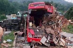 Hòa Bình: Tai nạn thảm khốc, hơn 40 người thương vong