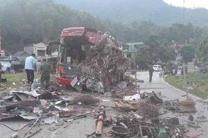 Vụ tai nạn làm 3 người chết ở Hòa Bình: Xe tải không có dữ liệu đăng kiểm