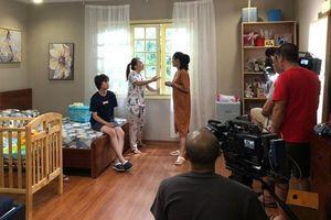 Thành viên ê kíp 'Về nhà đi con' tiết lộ về 'ngày cuối' và câu chuyện cực dễ thương của Ánh Dương - Bảo Hân